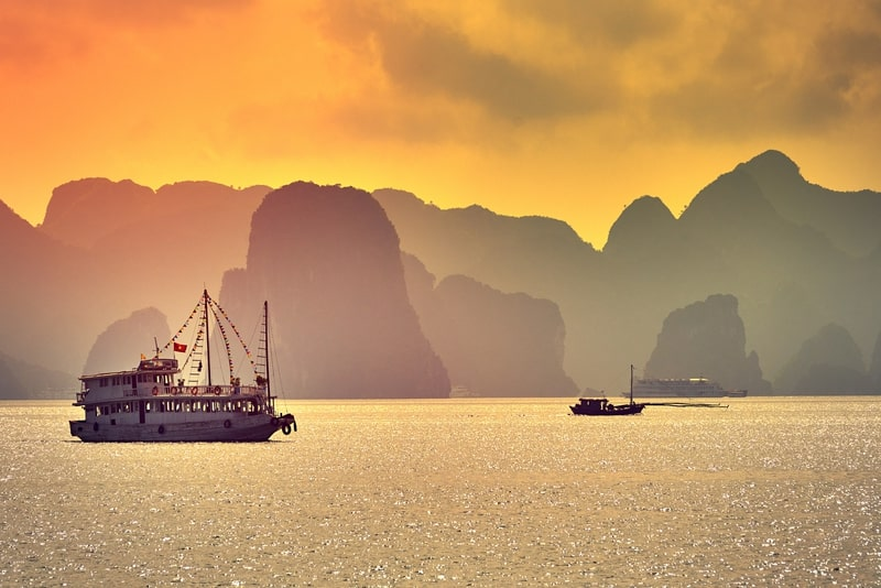 From Hanoi 2-Day & 1 Night Halong Bay Tour