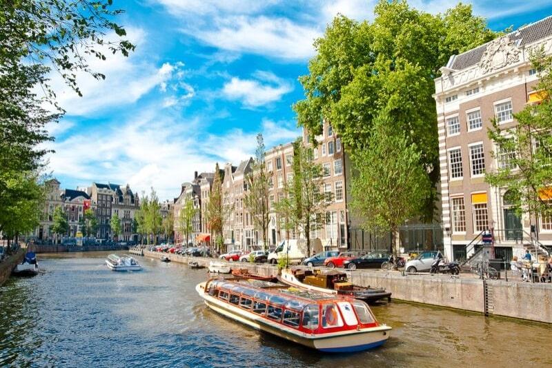 Crucero de pizza por los canales de Amsterdam con bebidas incluidas