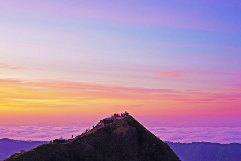 Bali Mount Batur Sunrise Hike and Natural Hot Spring