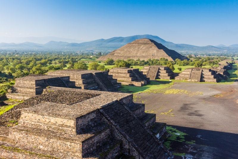 Teotihuacán Fast-Track-Zulassung und Transport aus Mexiko-Stadt