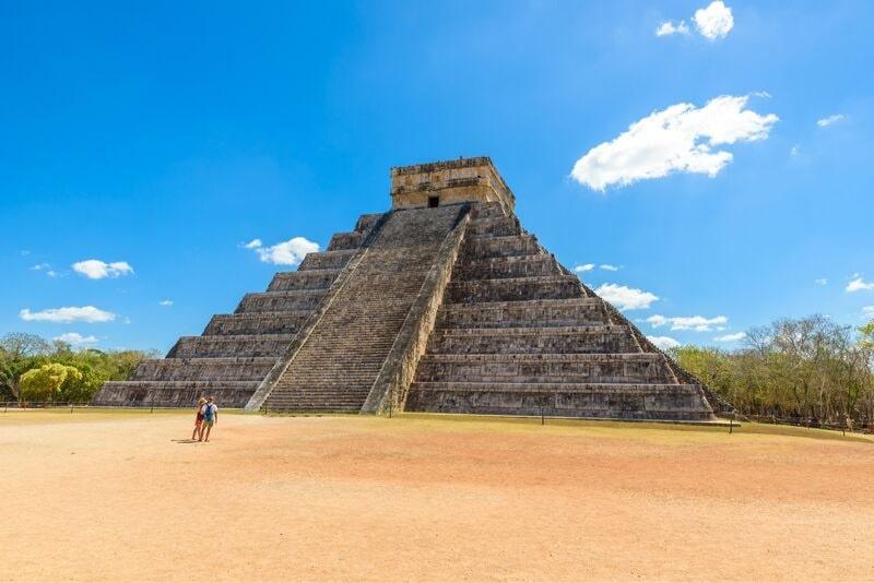 Früher Zugang zu Chichen Itza mit einem privaten Archäologen