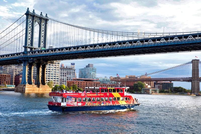 Paseos en barco con paradas libres en Nueva York