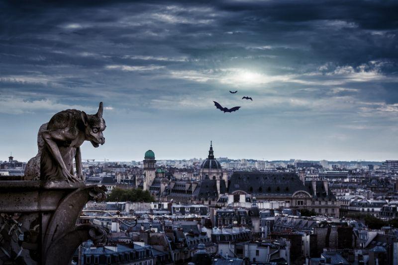 Recorrido nocturno a pie por los fantasmas, misterios y leyendas de París