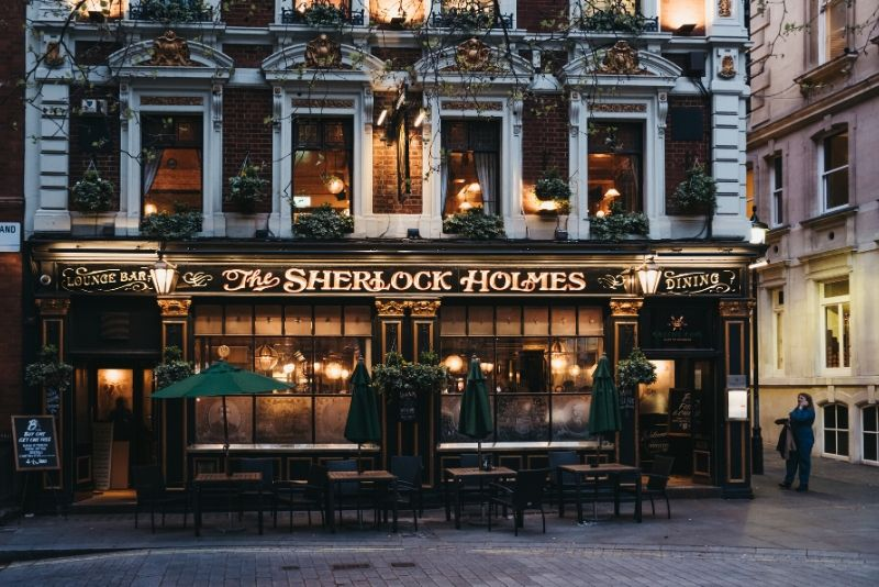 Jack the Ripper and Sherlock Holmes Tour of Haunted London