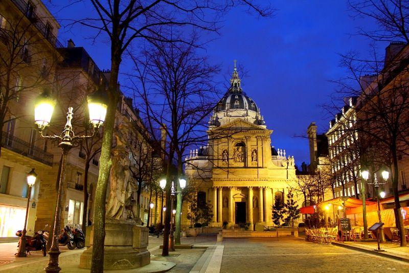 Tour nocturno a pie por el barrio latino de París