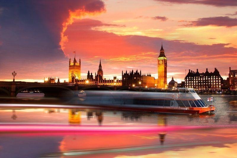 Thames Sunset Sightseeing Cruise
