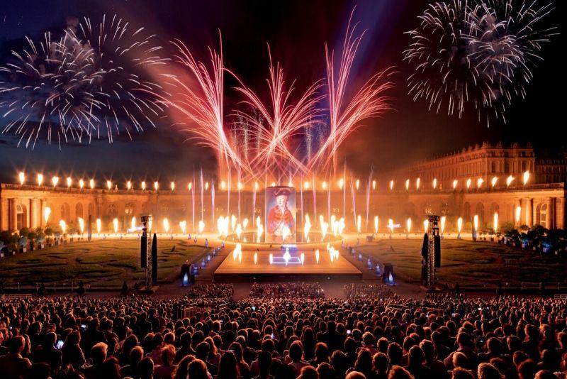 Espectáculo de fuente nocturna de Versalles y fuegos artificiales desde París
