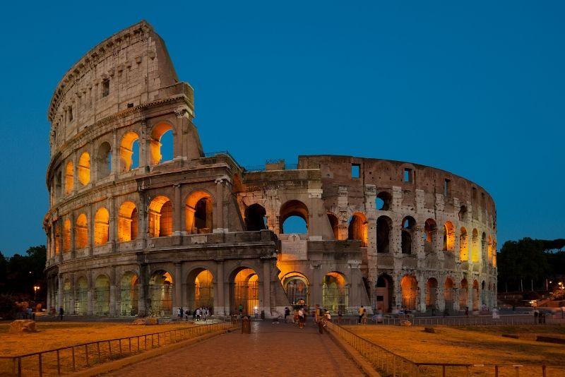 Coliseo subterráneo: tour nocturno