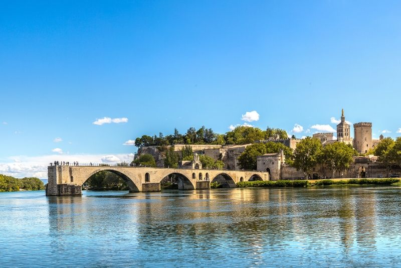 Avignon day trips from Marseille