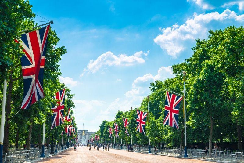 Buckingham Palace travel tips