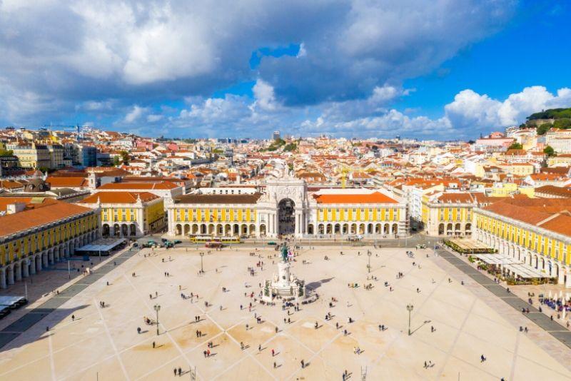 Lisbon Essential Tour: History, Stories & Lifestyle