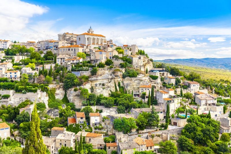 Luberon villages day trips from Marseille