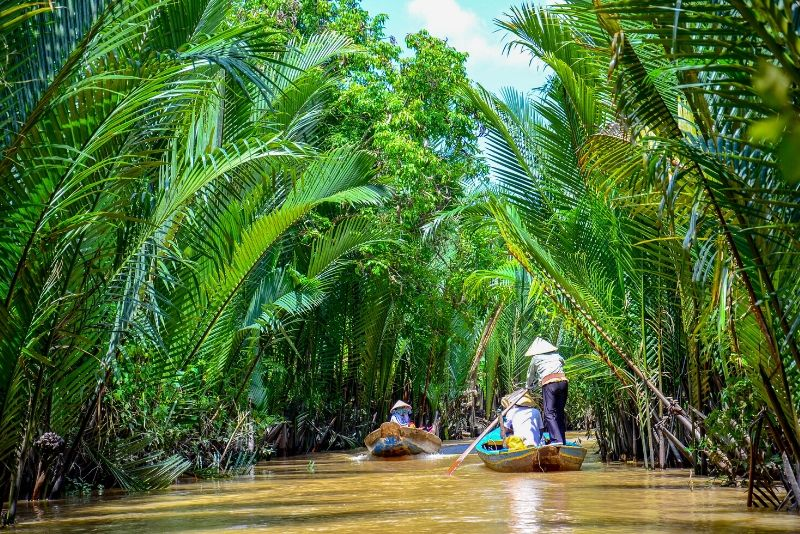 Mekong Delta: Non Tourist Tour with Bike & Boat Ride