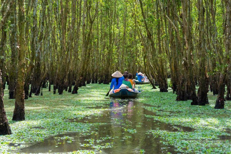Mekong Delta Small Group Vinh Trang Pagoda & Rowing Boat