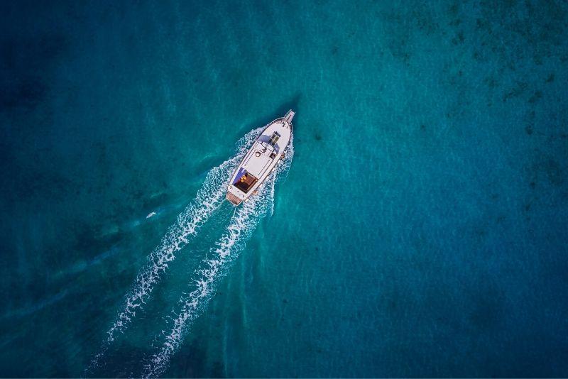 Crucero panorámico por la costa de Amalfi y snorkel