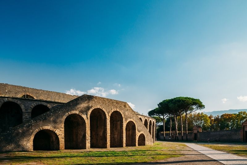 Pompeii & Amalfi Coast: Small-Group Day Trip from Rome