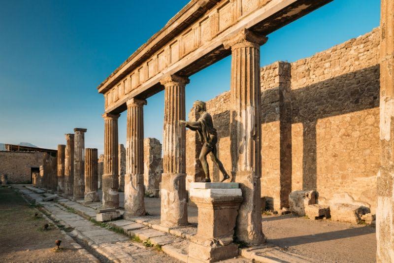 Gita di un giorno archeologico di Pompei e Napoli da Roma
