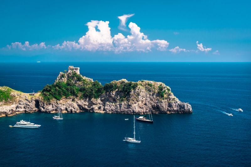 Crucero de un día en grupos pequeños por la costa de Amalfi desde Positano