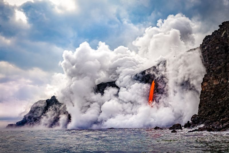 Hawaii Volcanoes National Park, United States of America - best national parks in the world