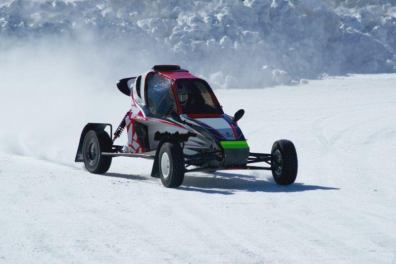 karting su croce di ghiaccio