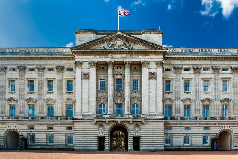 Buckingham Palace, England - best castles in Europe