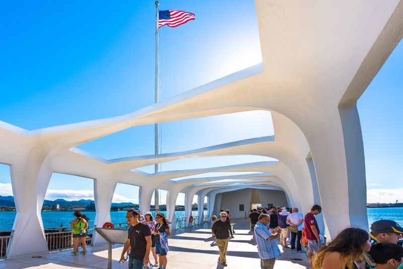 Hawaii Pearl Harbor and USS Arizona Small-Group Tour from Honolulu