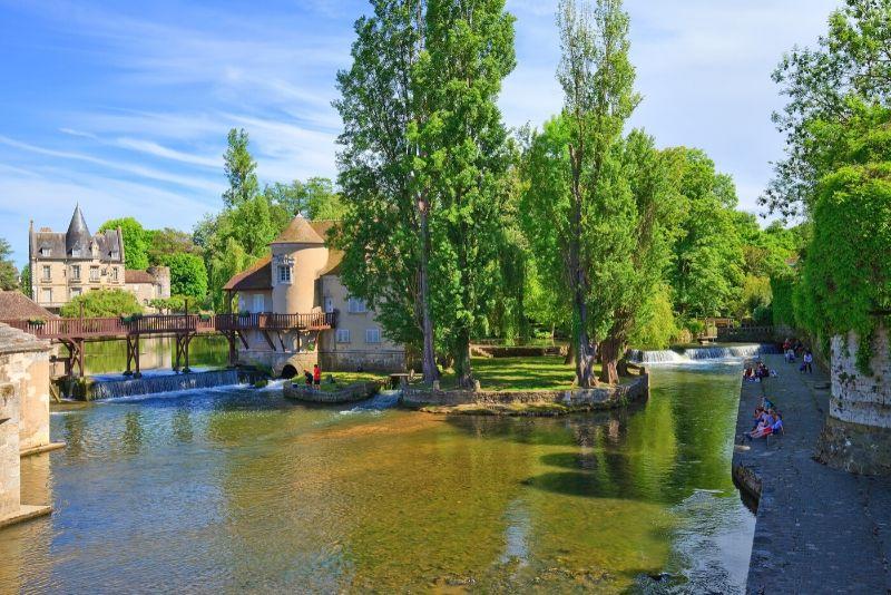 Sorties autour de Paris au village de Moret-sur-Loing