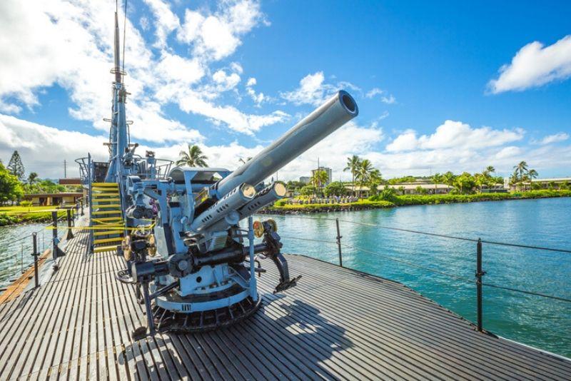 Pearl Harbor: USS Arizona Memorial & USS Missouri Battleship Tour from Waikiki