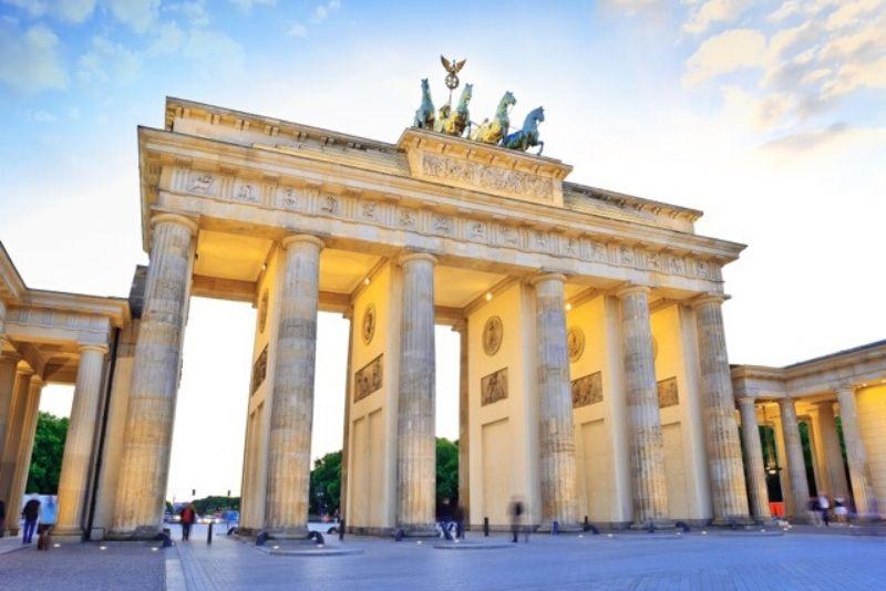 Free Walking Tour Berlin - Muss über den Zweiten Weltkrieg wissen