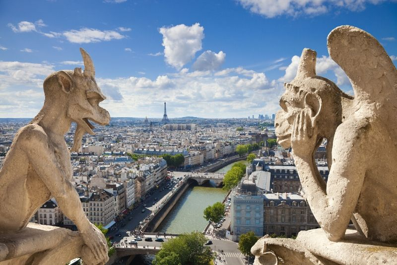 Freetour Legends and Mysteries of Paris