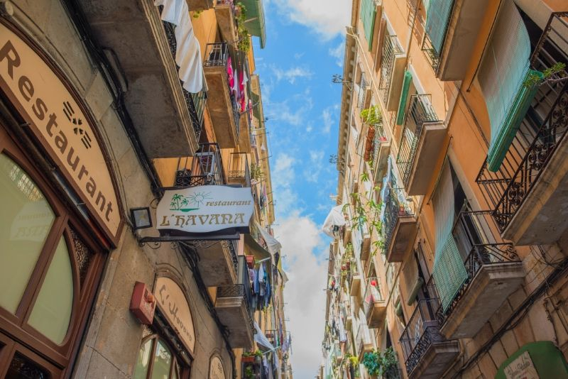 Raval Underground Free Walking Tour