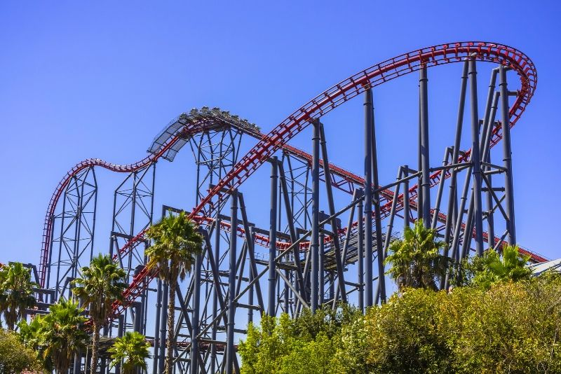 Six Flags Magic Mountain, United States