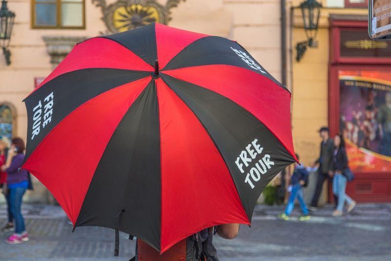 book a Prague free tour online