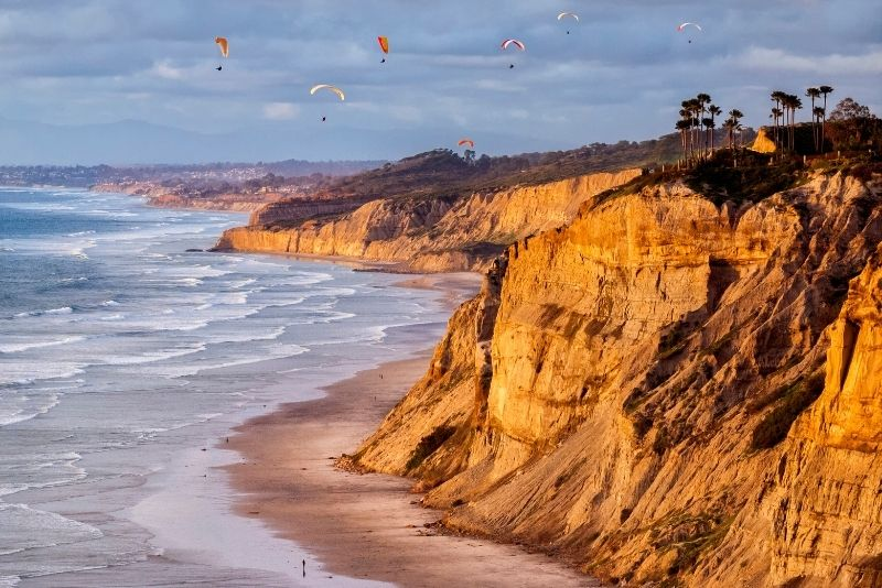 Paragliding in Torrey Pines, San Diego, California
