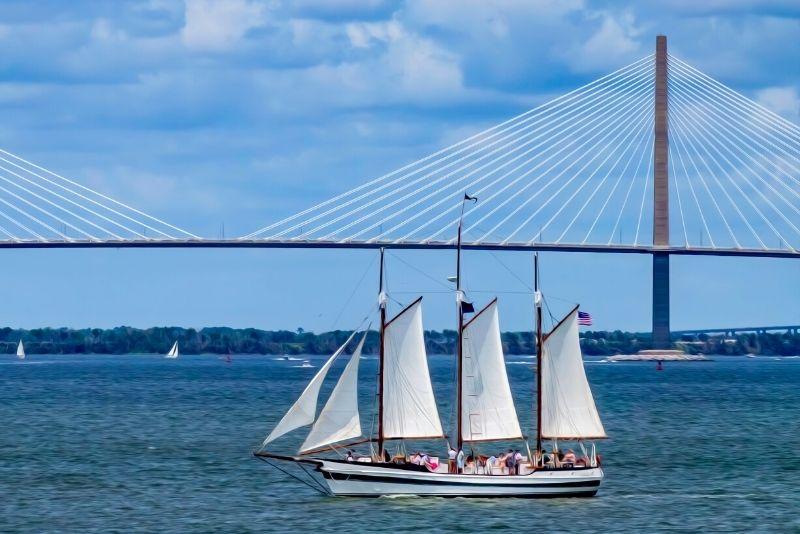 Schooner Pride sailing tour in Charleston