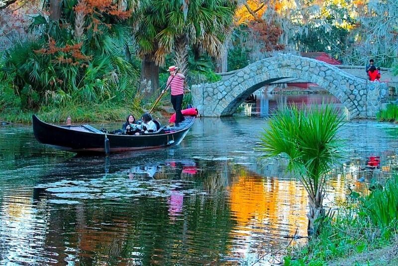 gondola ride in New Orleans