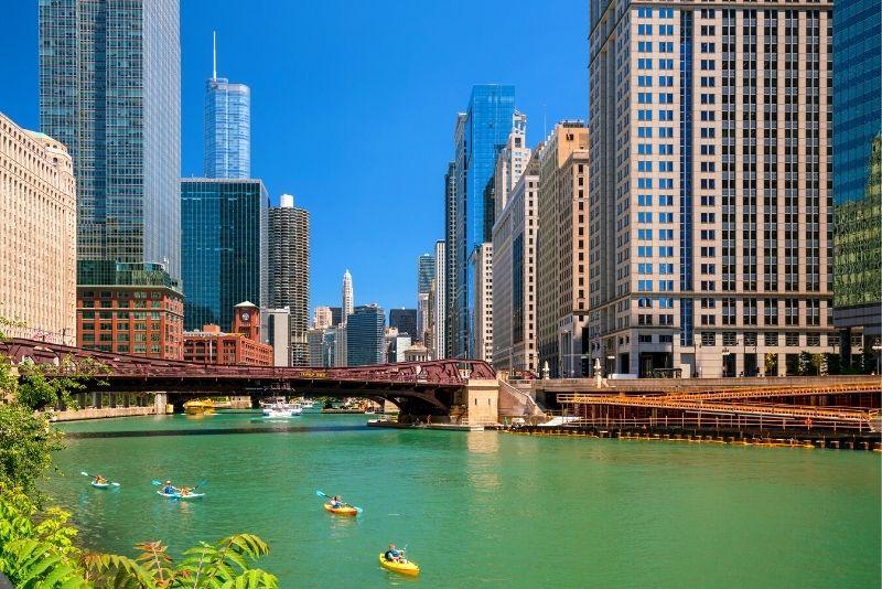 kayak tour in Chicago