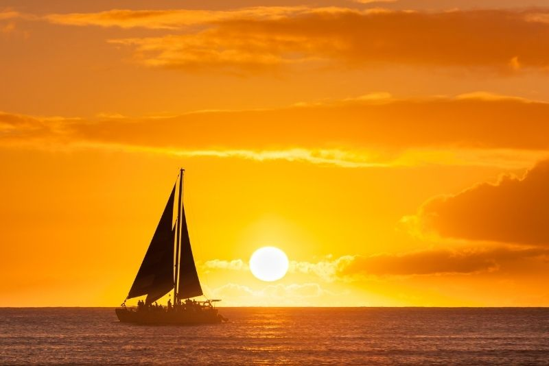 sunset sailing tour in New Orleans