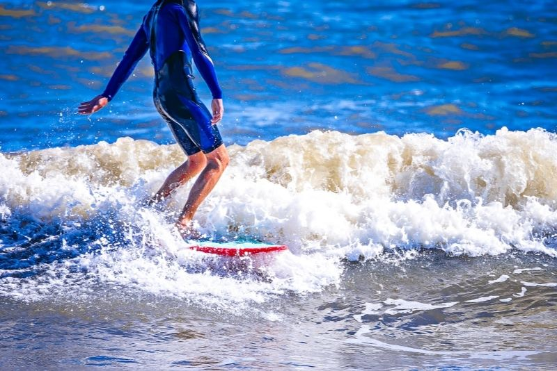 surfing in Folly Beach, Charleston