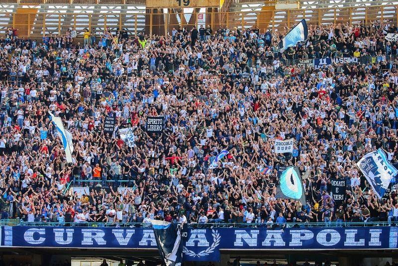 Diego Armando Maradona Stadion, Neapel