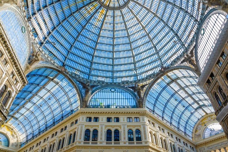 Galleria Umberto I, Neapel