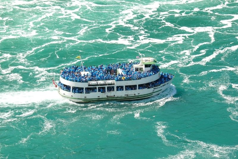 Hornblower's Voyage to the Falls Boat Tours