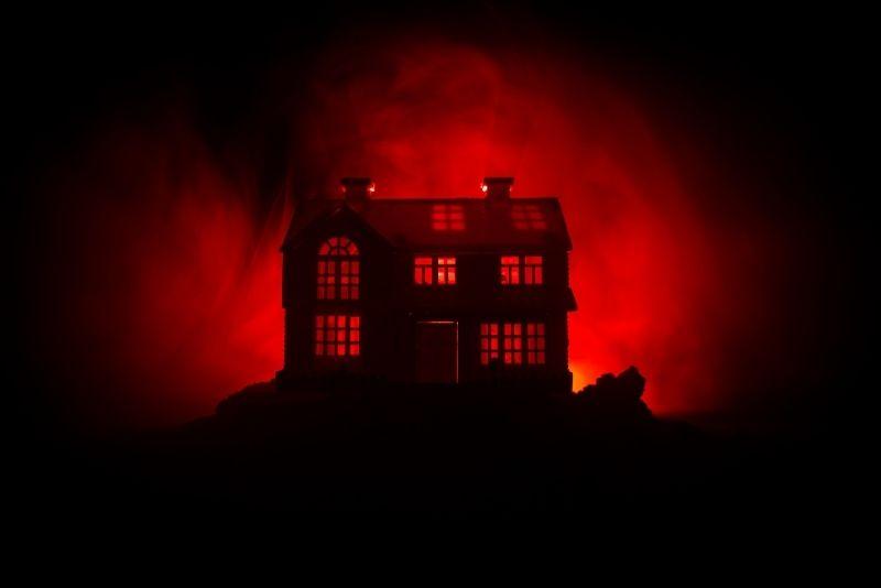 Histeria casa embrujada
