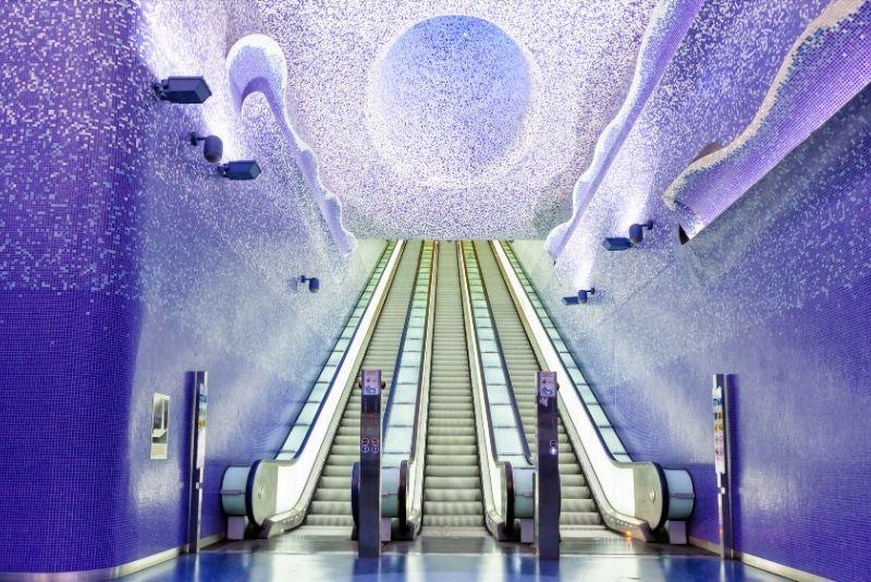U-Bahnhof Toledo, Neapel