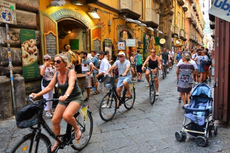 Radtouren in Neapel