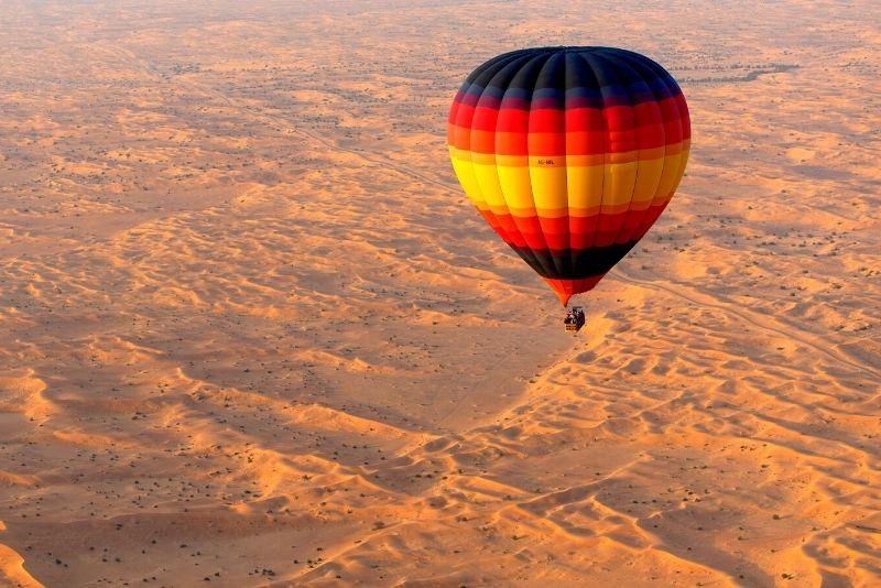 Fahrt mit dem Heißluftballon in Dubai