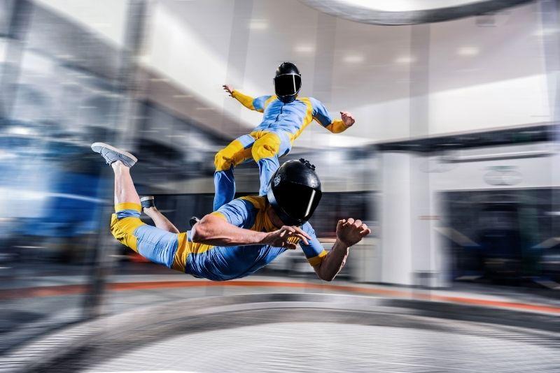 paracaidismo bajo techo en Dubai