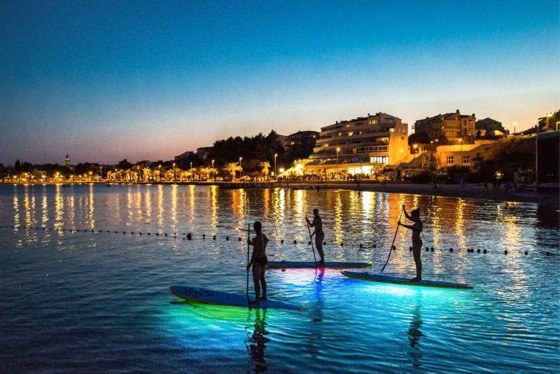 excursion nocturne en stand up paddle à Split