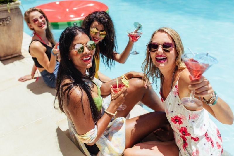 Poolparty in Dubai