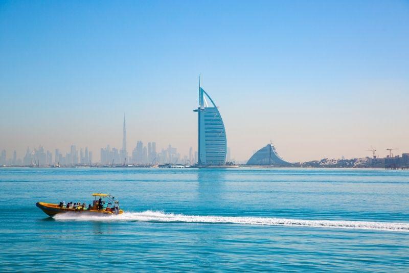 speed boat tour in Dubai